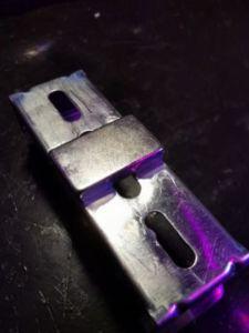 72 2 225x300 - Fixation magnétique d'une lampe sur poutres en acier