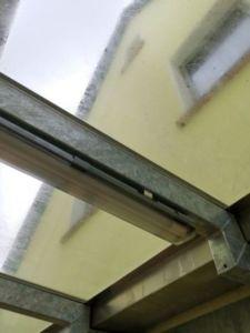 75 225x300 - Fixation magnétique d'une lampe sur poutres en acier