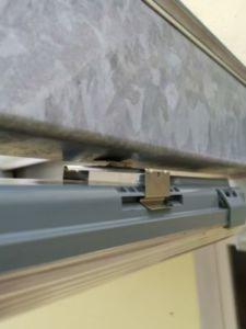 76 225x300 - Fixation magnétique d'une lampe sur poutres en acier