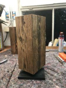 87 225x300 - Bûche de bois magnétique pour couteaux