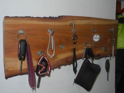 Porte-clés magnétique d'une souche de cerisier